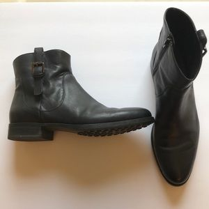 Women's black leather booties